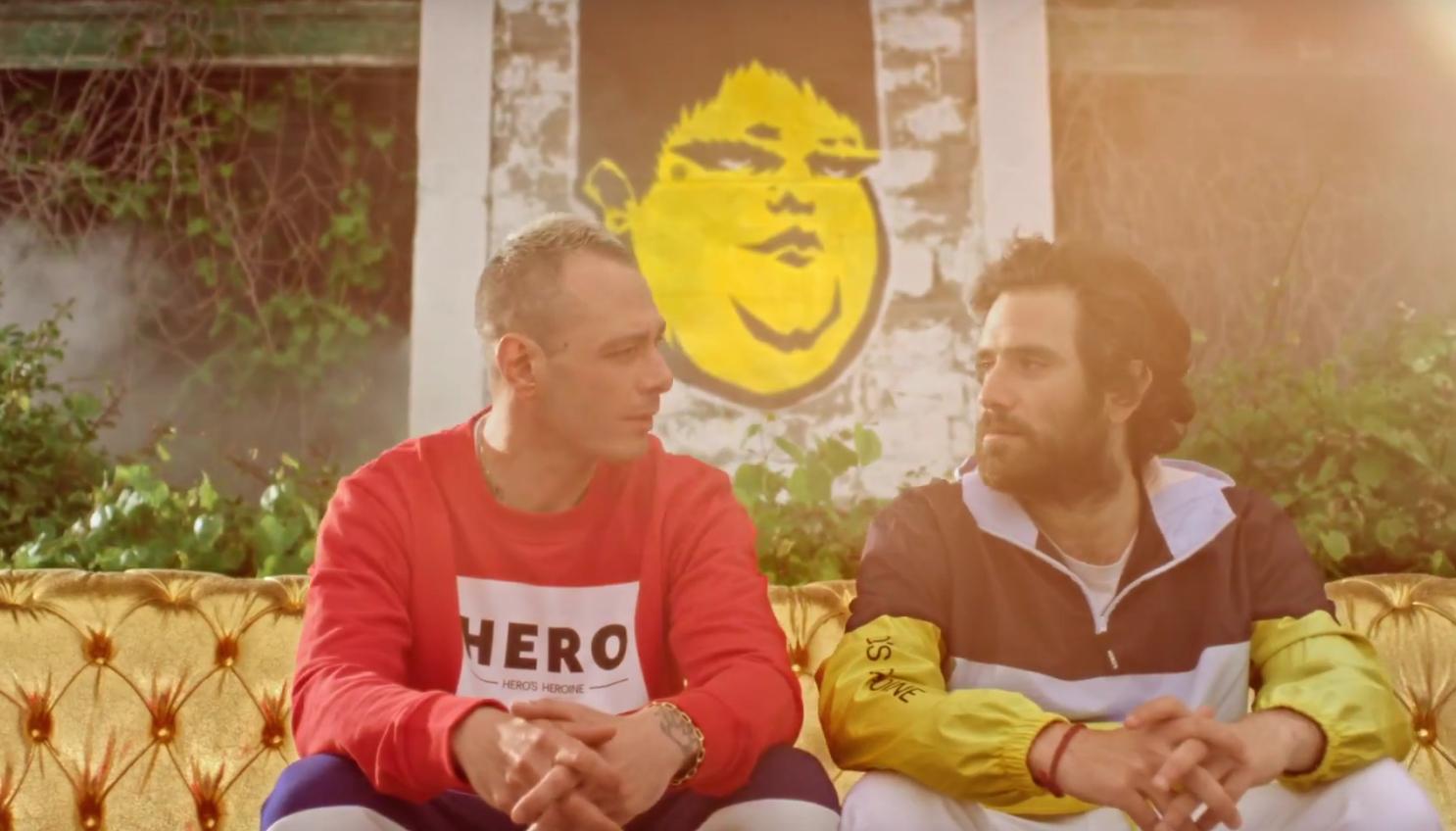 """FABRI FIBRA: il videoclip di """"Pamplona"""" girato a Trieste da Cosimo Alemà"""